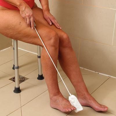 Long Handled Toe Washer Shoe Aids