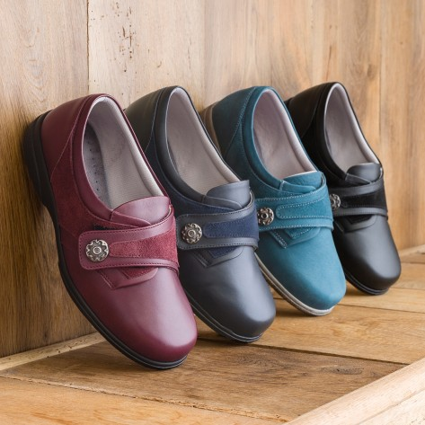 Cosyfeet Darcy Ladies Extra Roomy Shoe and ladies wider fitting shoes