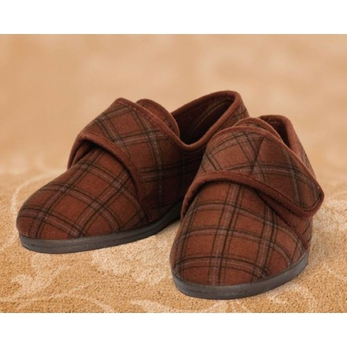 Steve Roomy Slipper and men's wider fitting slippers