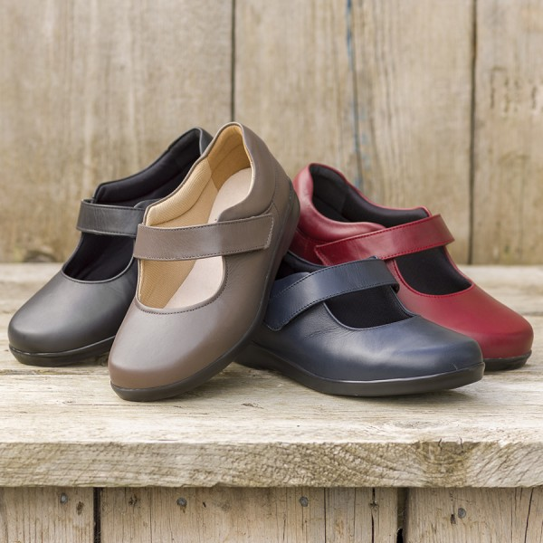 Ladies Wide Fitting Shoes