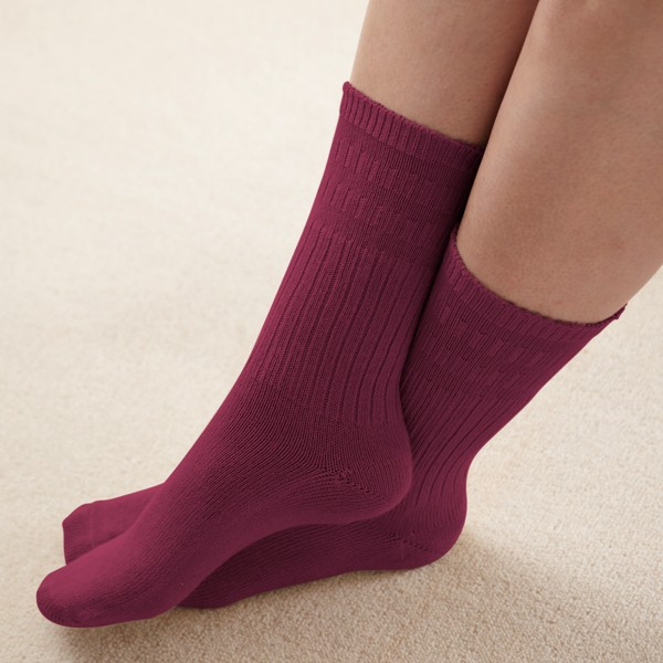 Seam-free & Diabetic Friendly Socks and Wider Fitting Shoes