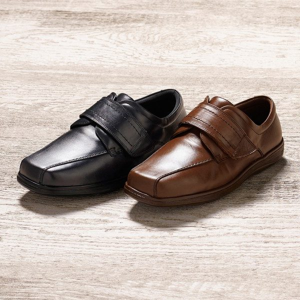 Men's Wide Fitting Shoes