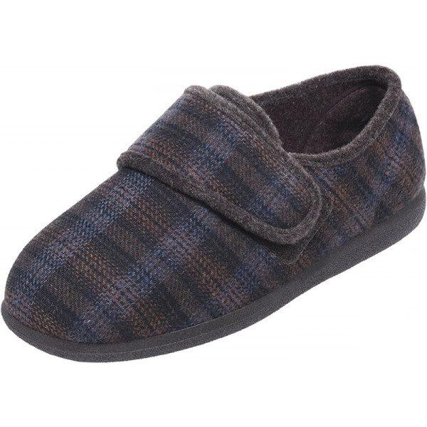 Reggie Roomy Slipper and wider fitting men's slippers